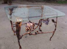 Кованый стол с виноградными гроздьями - Изделие 17