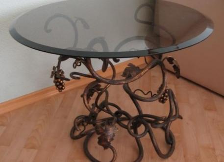 Кованый стол - Изделие 3