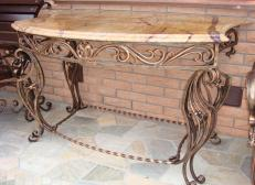 Кованый овальный столик