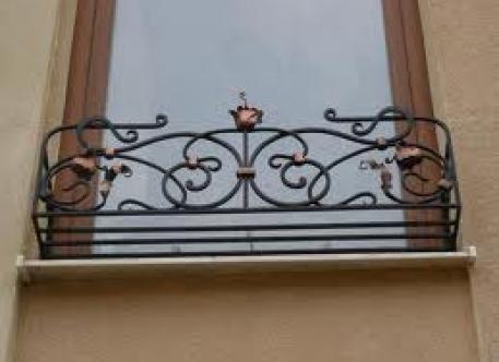 Кованый бортик для окна - изделие 78