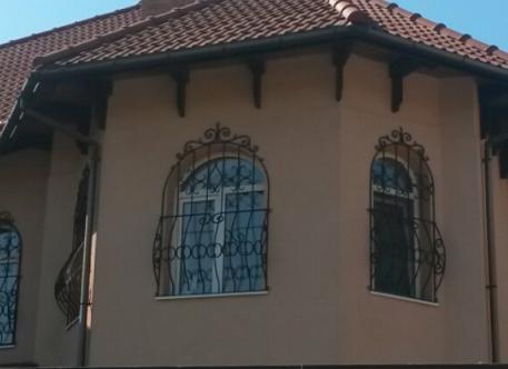 Кованые решетки на окна - Изделие 12